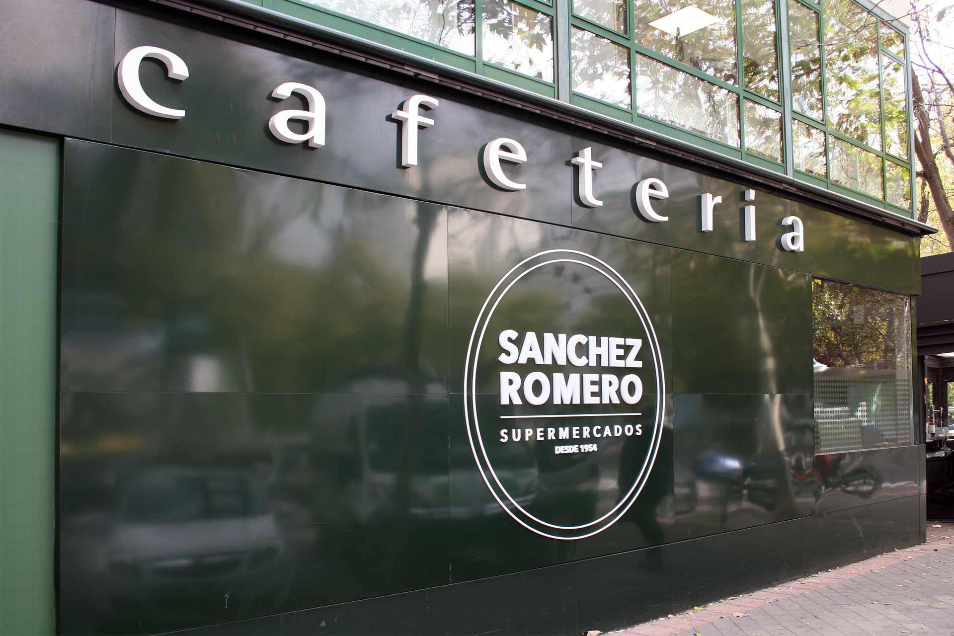 Fachada cafetería sanchez romero
